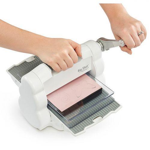 Folding Sizzix Big Shot Foldaway cutting machine