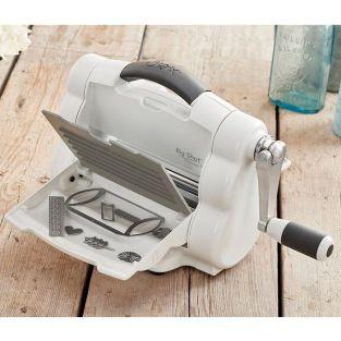 Folding Sizzix Big Shot Foldaway cutting machine