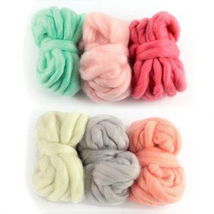 6 pelotes de laine 5 m - blanc cassé, gris pâle, corail,  rose indien, rose dragée, menthe