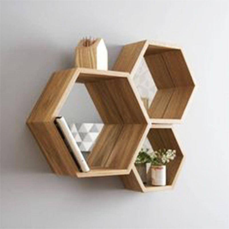 3 estantes de madera hexagonales