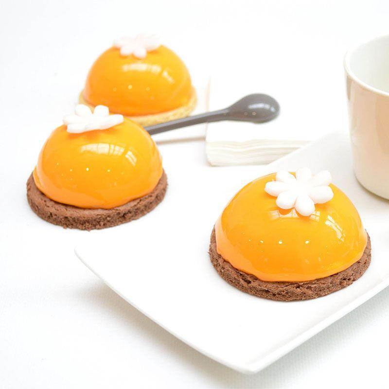 Semi-rigid cake mould - 9 half-spheres