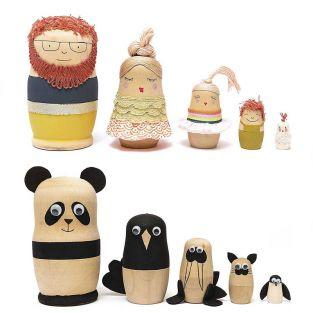 5 wooden Russian dolls Matryoshka