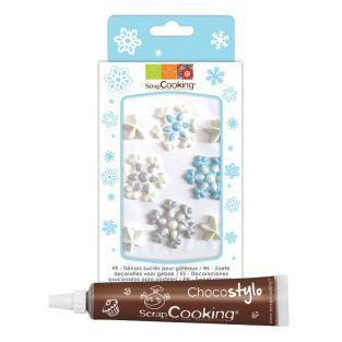 Zuckerdekor in Form von Schneeflocken...