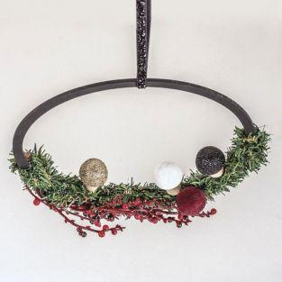 Frosted fir branch with berries 24,5cm