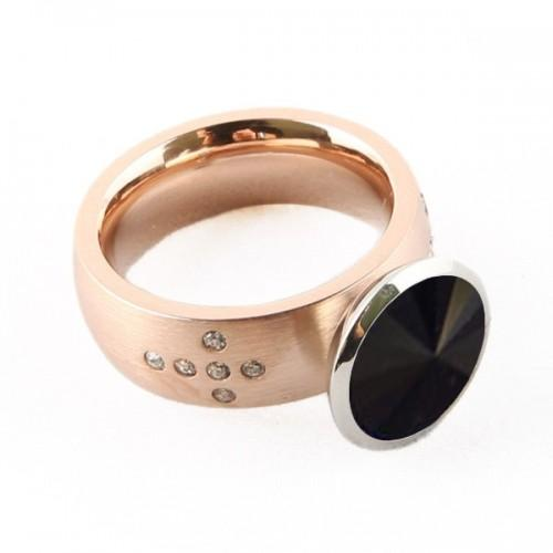 Coppery metal ring + black stone