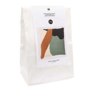 Punch needle kit - Green cushion