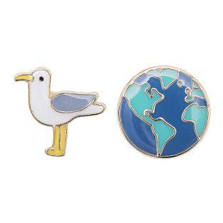 2 Pins - Seagull + Globe