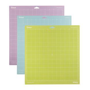 3 Cricut cutting mats 30.5 x 30.5 cm