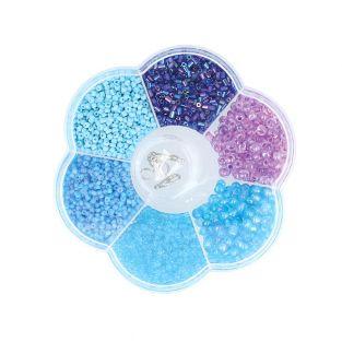 Assortimento di perline di plastica...
