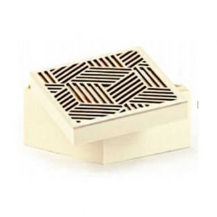 Wooden box, openwork lid - Geometric...