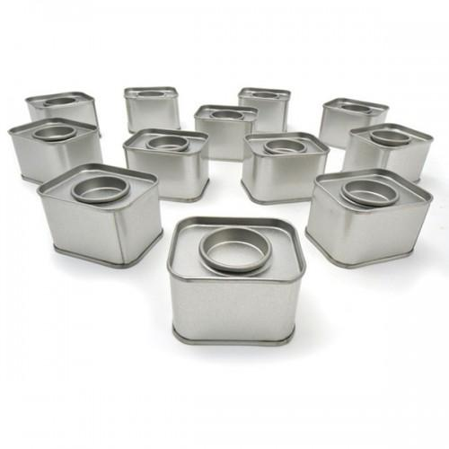 12 petites boîtes métalliques rectangulaires