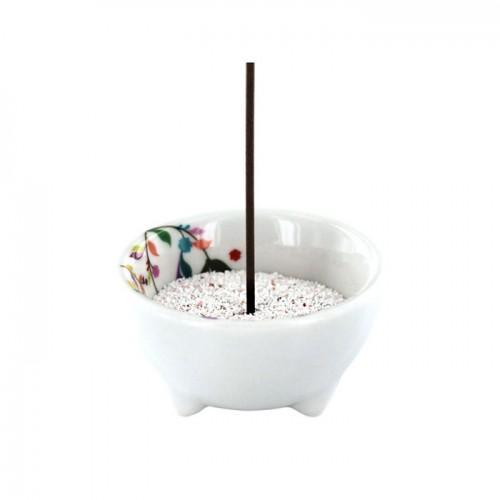 Recipiente de incienso vegetal en porcelana