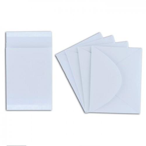 4 mini white cards with envelopes