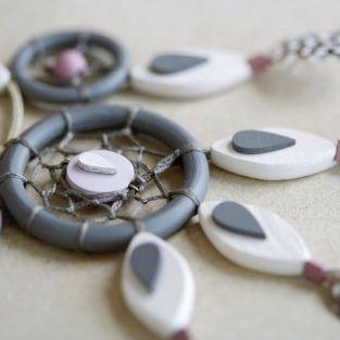 7 wood beads petals 30 x 15 mm
