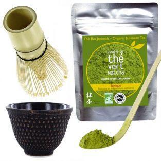 Té orgánico Matcha + batidor + cuchara de bambú + taza negra y oro de hierro fundido