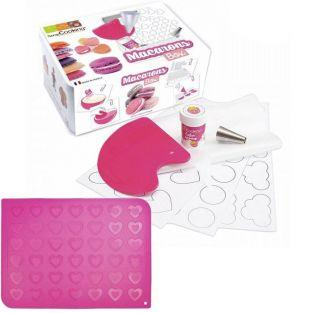 Silicone mats & preparation for Heart -shaped macaroons