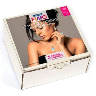 FIMO jewelry modelling with crystals effects