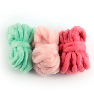 3 balls of wool 5 m - Indian pink, dragee pink, mint
