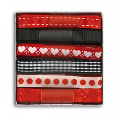 Rubans rouges à motifs