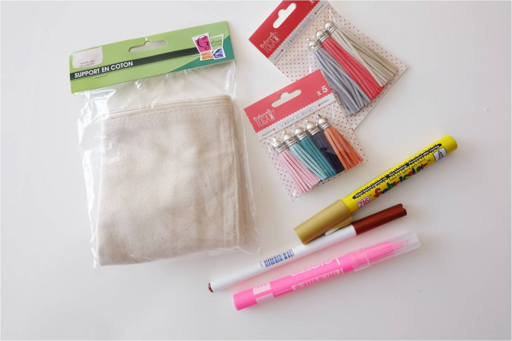 materiel customiser trousse textile diy