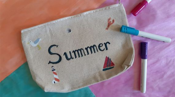 DIY: Customize your pencil case for the summer!