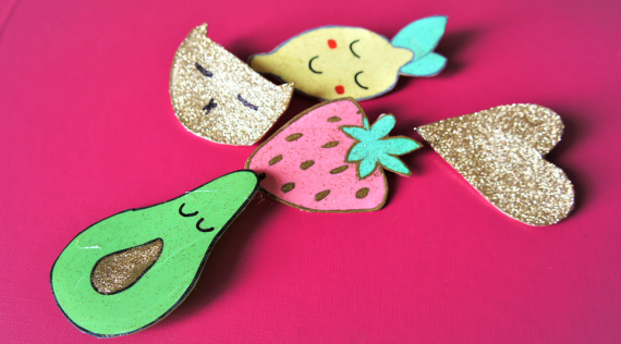 DIY : Broches en plastique fou